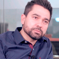 Edgar Ueda – Sócio Diretor de Marketing - Mondeluz